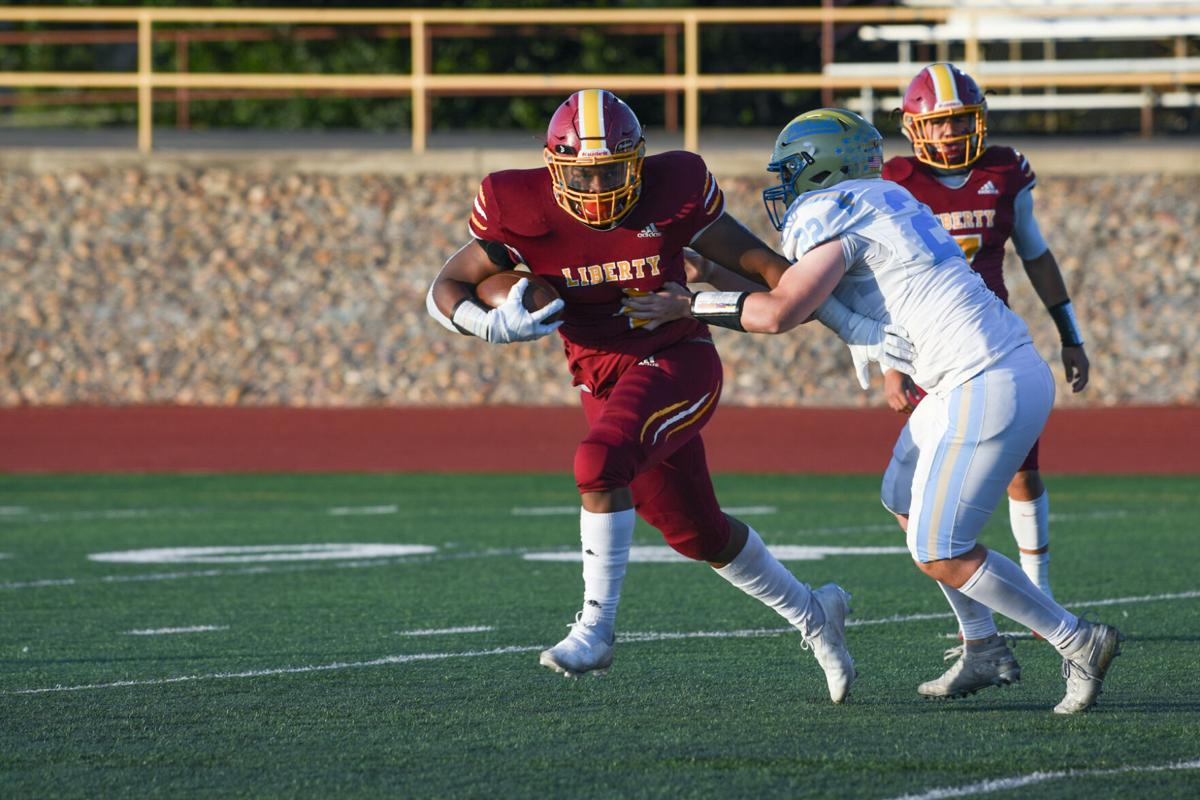 Liberty senior Jaylin Thompson (4) on the move at the 14th annual Brentwood Bowl in Brentwood, Calif., Friday, April 16, 2021. (Ken Boone/The Press)