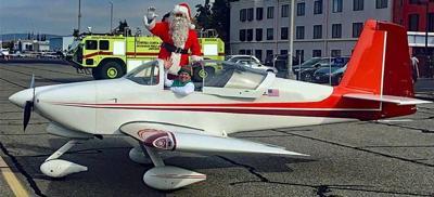 Santa at  Buchanan Field Airport