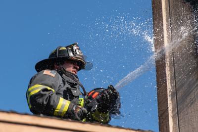 BN Oakley residential fire