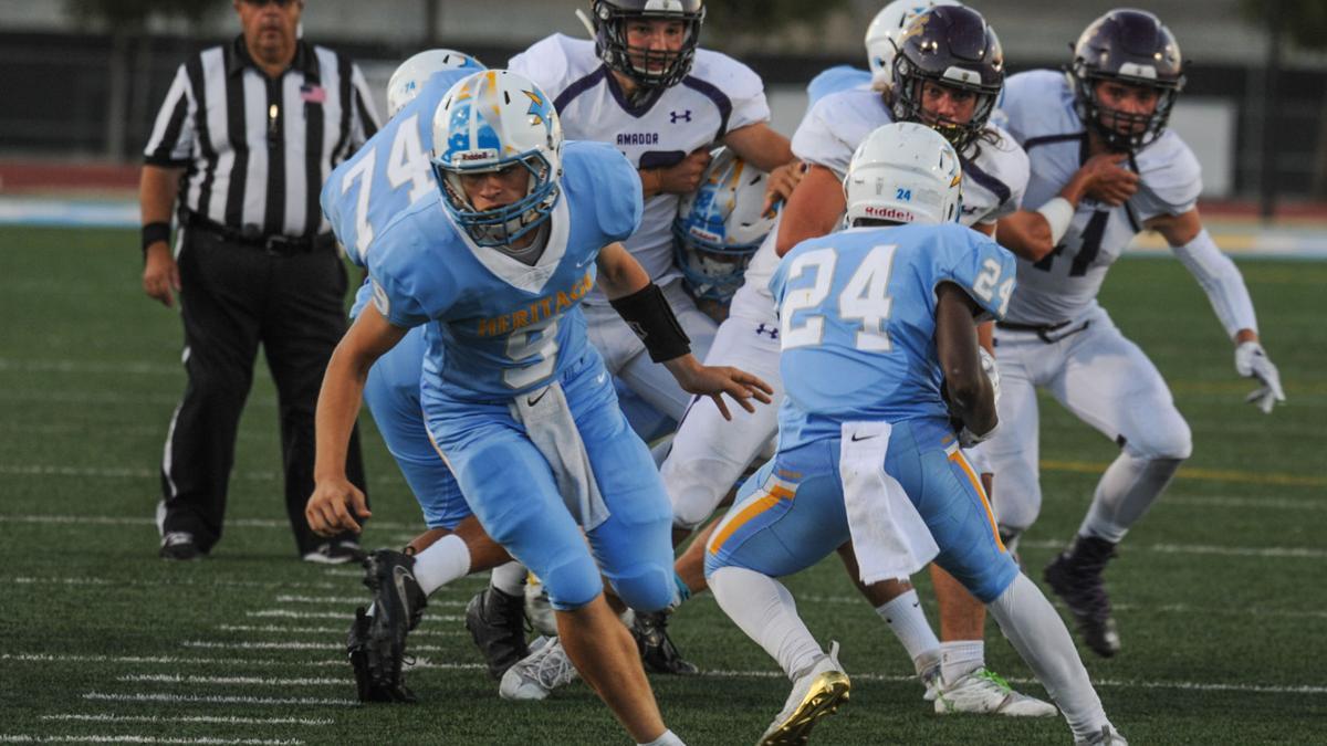 [Photos] Heritage High School homecoming football game