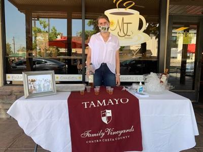 Downtown Brentwood Coalition's first Spring Wine Stroll