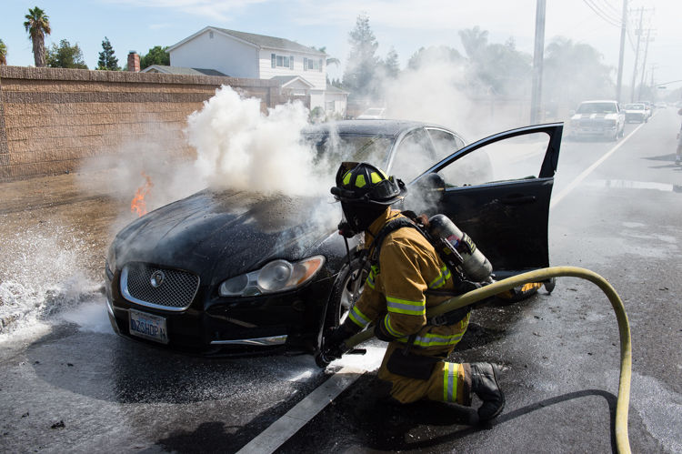 This Jaguar XF Caught Fire On Fairview Avenune In Brentwood, Calif., On  Sunday, Sept. 24, 2017. The Driver Said She Was Unaware That The Car Was  Burning ...