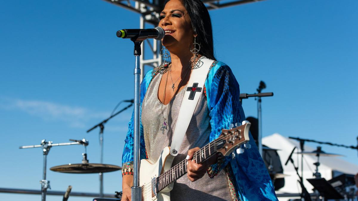 [Photos] Musician Sheila E. performing at the Pittsburg Seafood & Music Festival