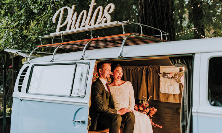 Brentwood couple uses VW Bus to provide wedding photography