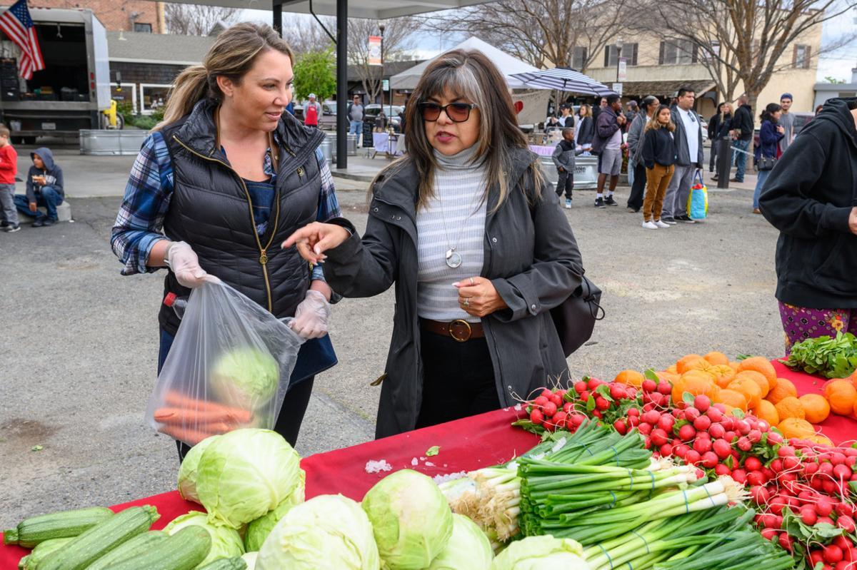 pop-up farmers market