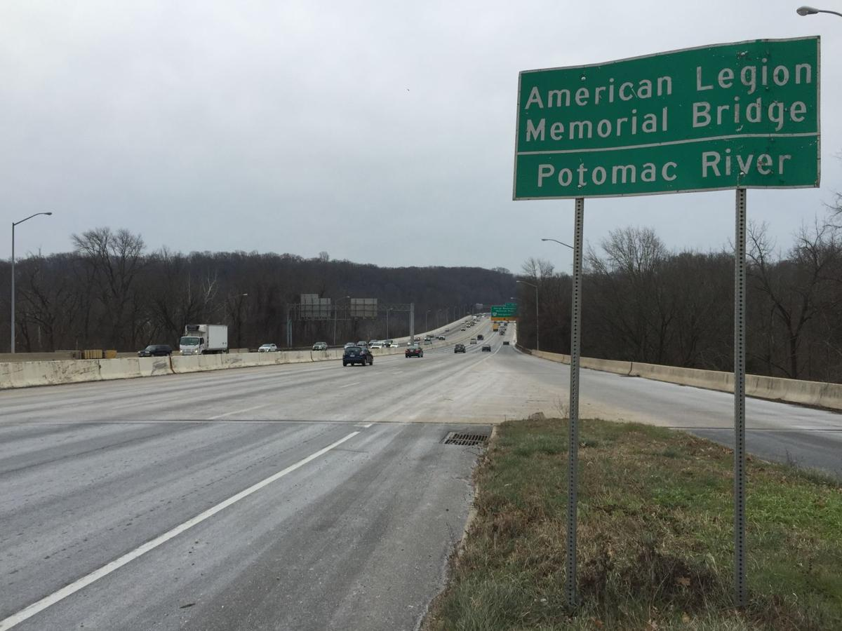 2016-01-22_10_03_01_View_south_along_the_outer_loop_of_the_Capital_Beltway_(Interstate_495)_just_north_of_the_American_Legion_Memorial_Bridge_in_Potomac,_Montgomery_County,_Maryland