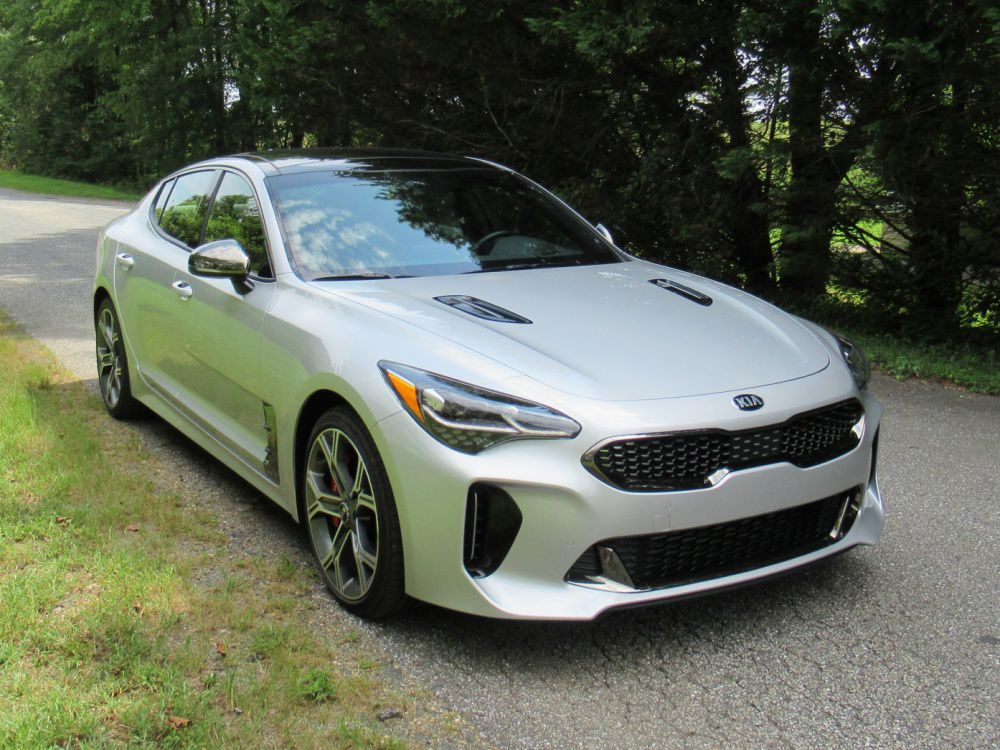 2018 Kia Stinger front – cropped for web