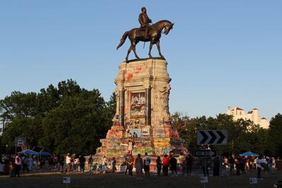 Robert E. Monument