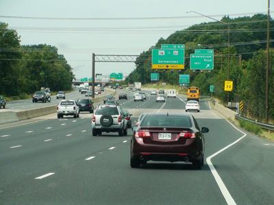 Interstate_270_(northbound),_Germantown,_Maryland,_September_9,_2013