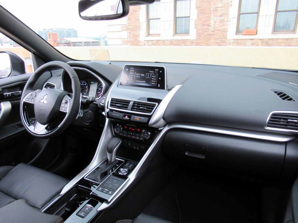 3 2019 Mitsubishi Eclipse Cross interior