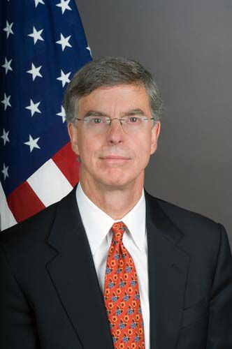 William_B._Taylor,_Jr.,_Ambassador_of_the_United_States_to_Ukraine
