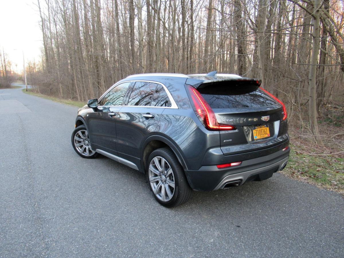 2019 Cadillac XT4 rear – uncropped