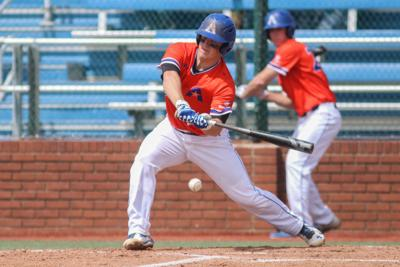 UTA baseball player named to Buster Posey National Collegiate Catcher of the Year watch list