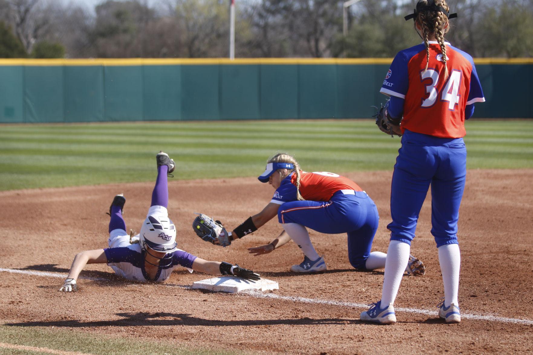 UTA softball caps off Maverick Invitational with win over Abilene Christian University