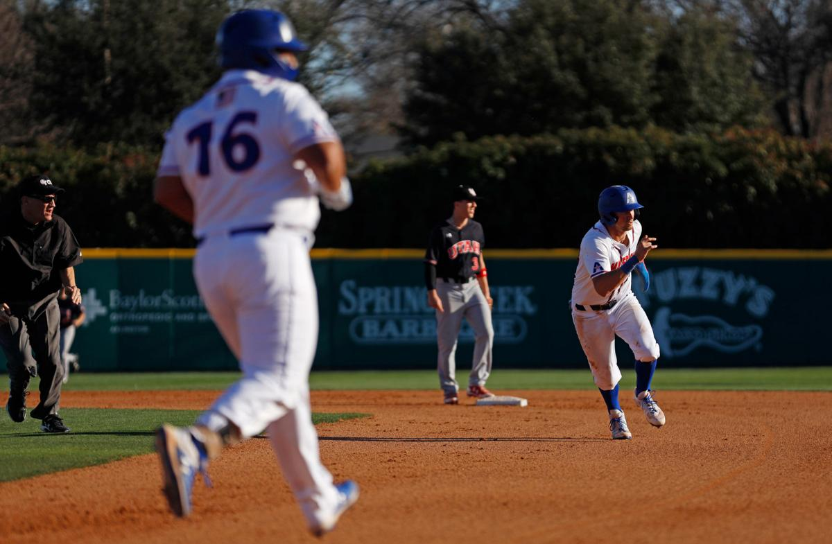 Photos: UTA baseball attains 6-0 victory in series opener against the University of Utah