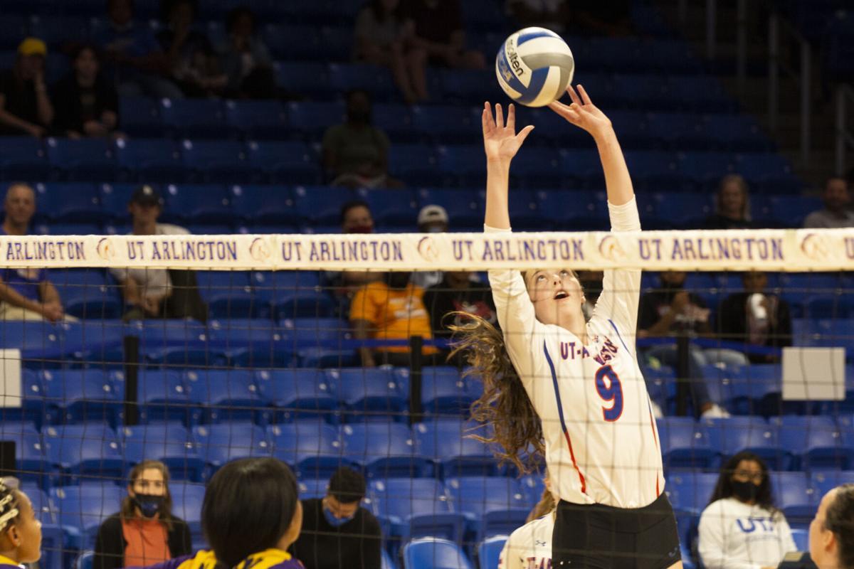 Photos: UTA volleyball earns first two wins of season at third annual Maverick Invitational