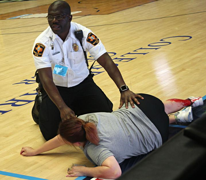 Spectators, Police Stage Active Shooter Simulation