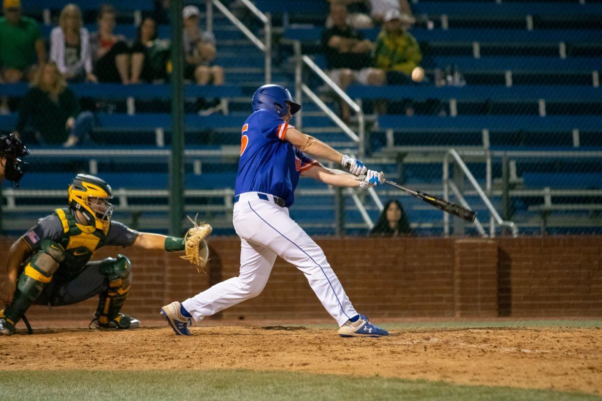 UTA baseball takes win against Baylor University in extra innings
