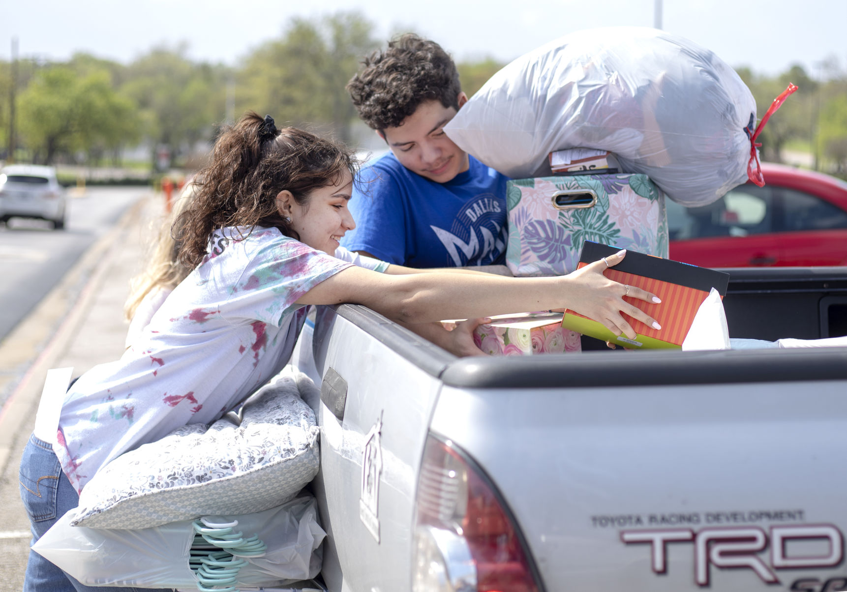 An unexpected exodus: UTA students vacate on-campus residences after university mandate