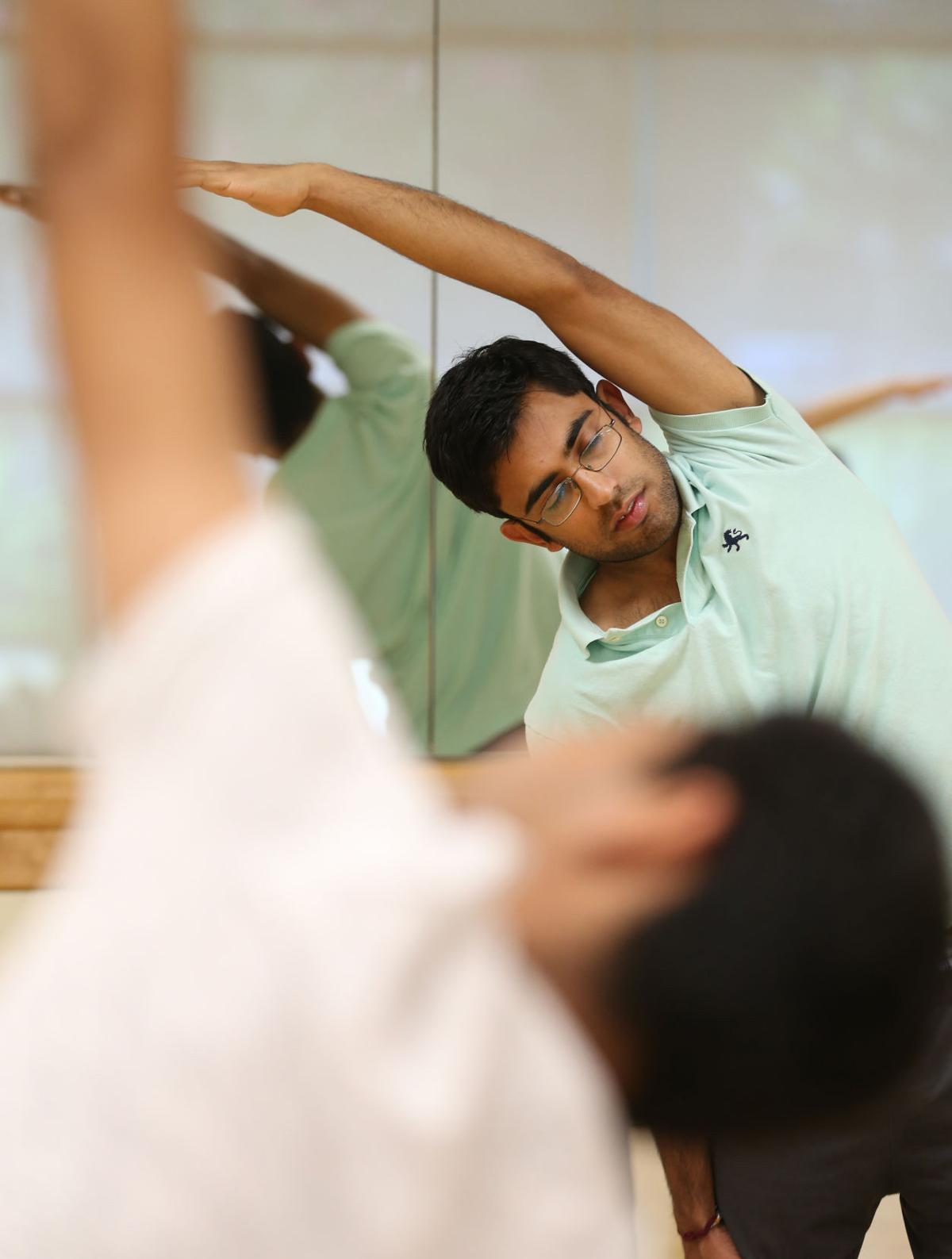 Graduate students find relief, community at meditation club
