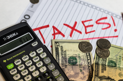 Keep yourself accountable with this guide to tax season for students