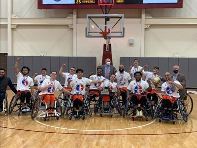 UTA men's wheelchair basketball team reacts to Movin' Mavs Day proclamation