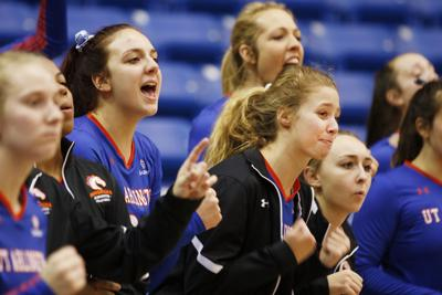 Volleyball team adds 6 players to its roster