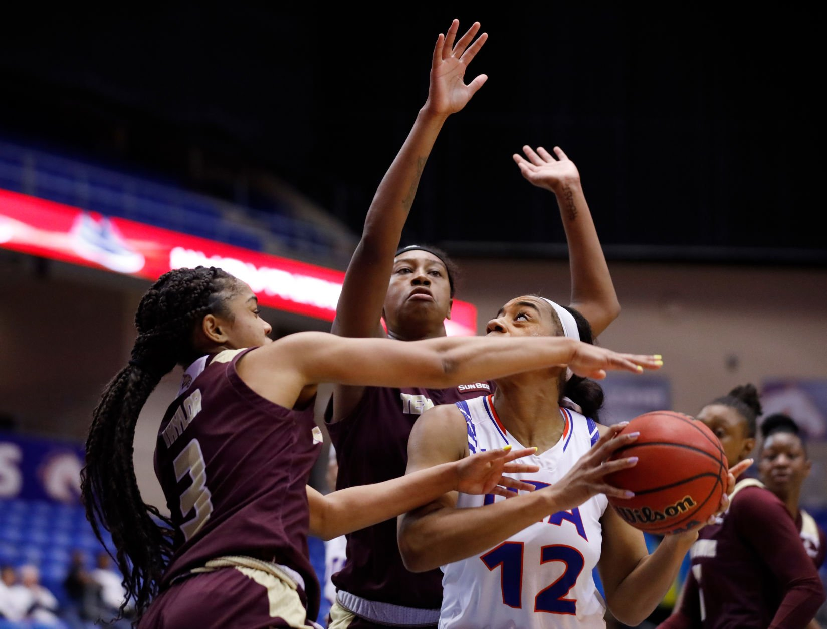 Photos: Lady Mavericks defeat Texas State University 69-49