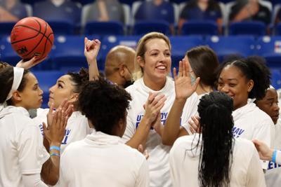 Lady Mavericks defeat University of Louisiana Monroe, extend winning streak
