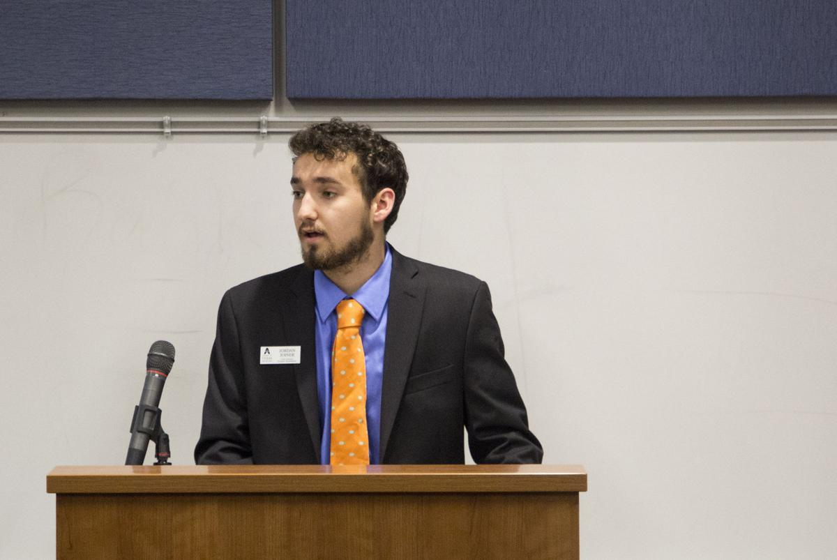 Student Senate addresses upcoming campus elections, introduces three resolutions