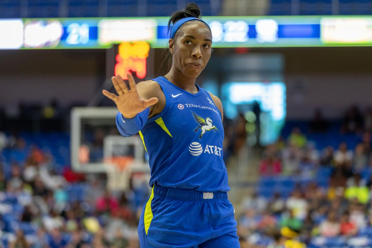 Dallas Wings lose home win streak to the Indiana Fever