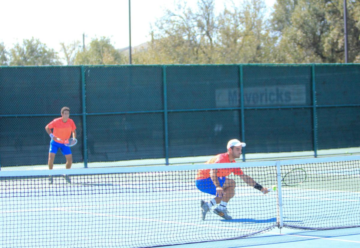 Men's tennis comes out 4-2 against Wichita State
