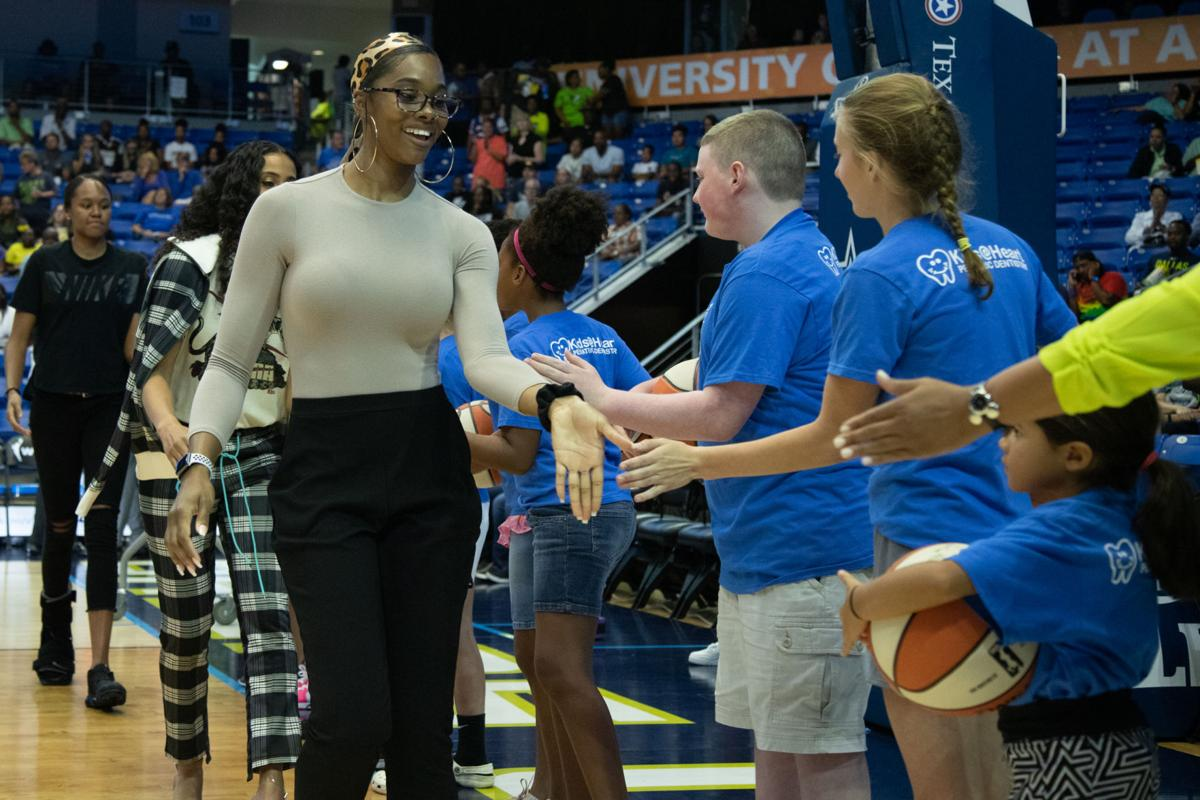 Photos: Arike Ogunbowale leads Wings to victory over Sparks