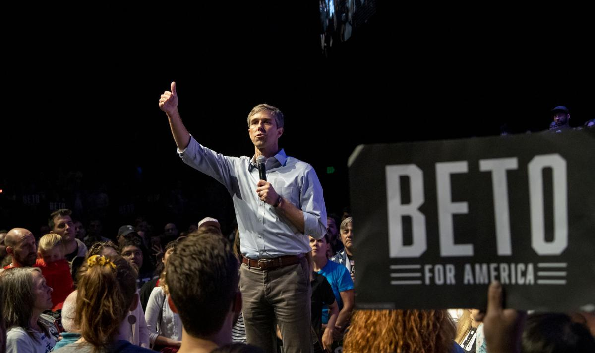 Supporters, UTA community members gather for Beto O'Rourke's 'Rally Against Fear'