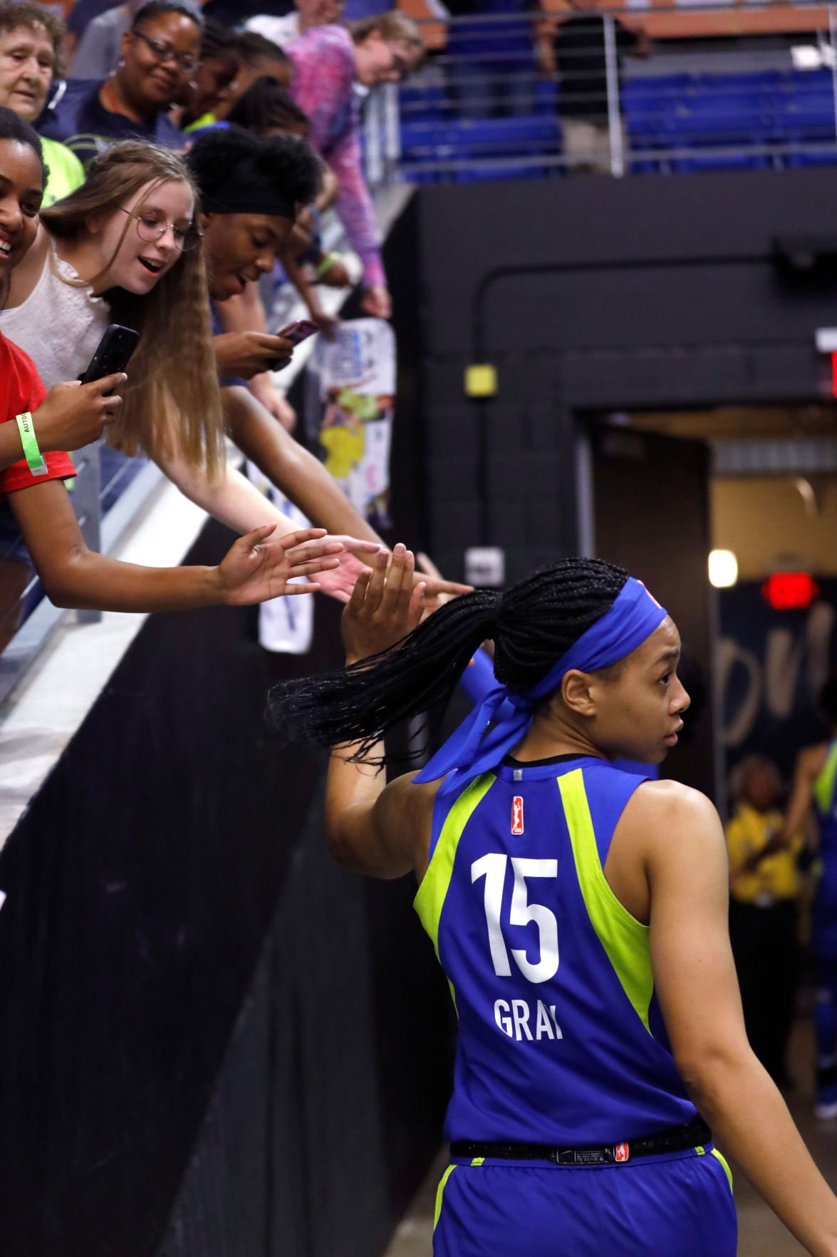Allisha Gray scores career-high 22 points, leads Wings to third consecutive victory