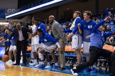 UTA returns home to defeat Red Wolves