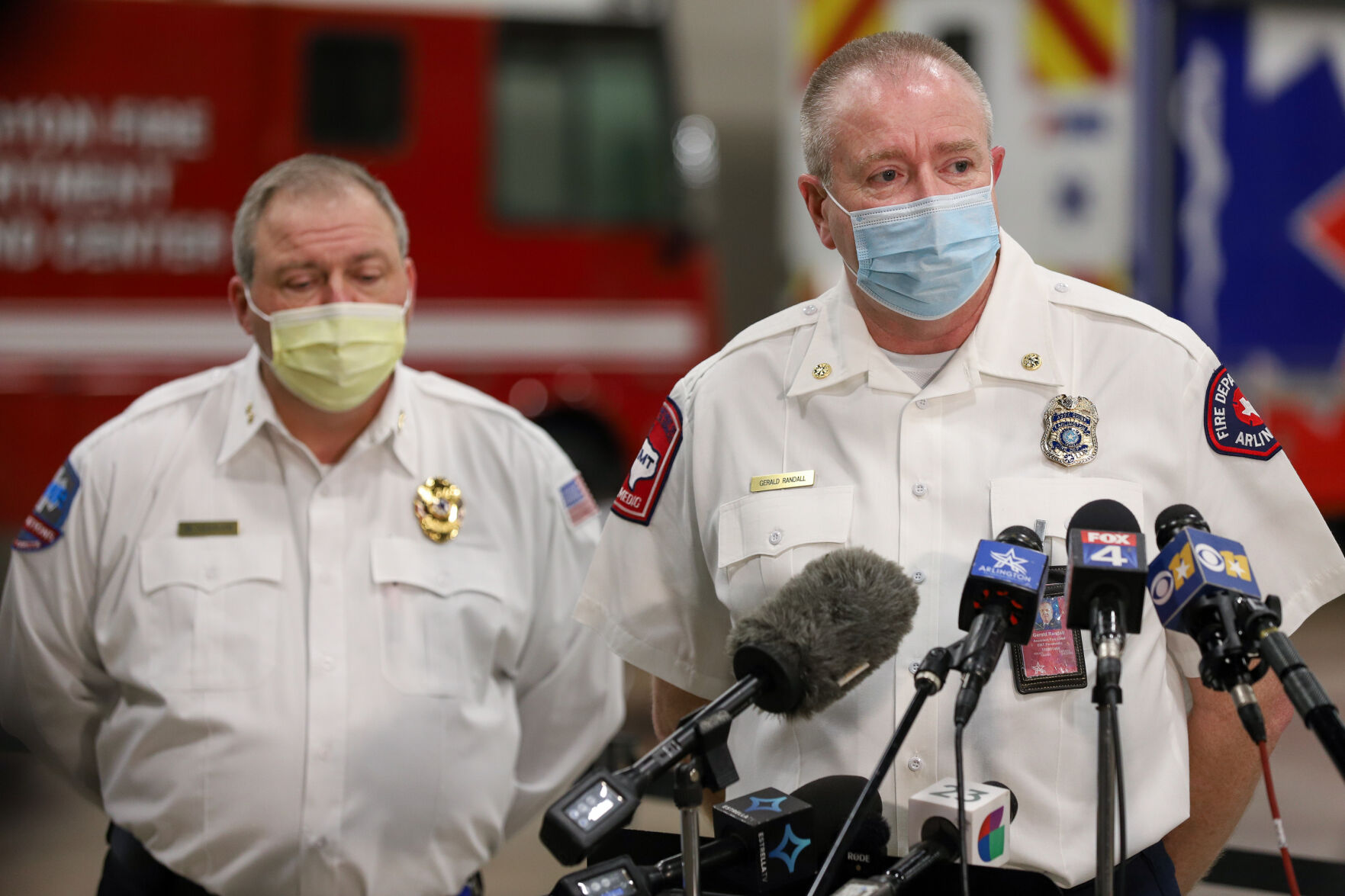 Arlington officials wait for 3,000 COVID-19 vaccine doses to arrive, prepare for distribution