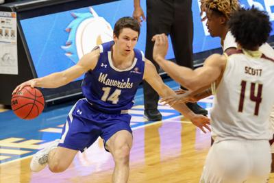 UTA men's basketball falls to University of Louisiana at Lafayette in nail-biter