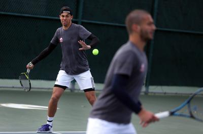 Men's tennis team steps up at ITA Texas Regional Championships, picks up wins against ranked opponents