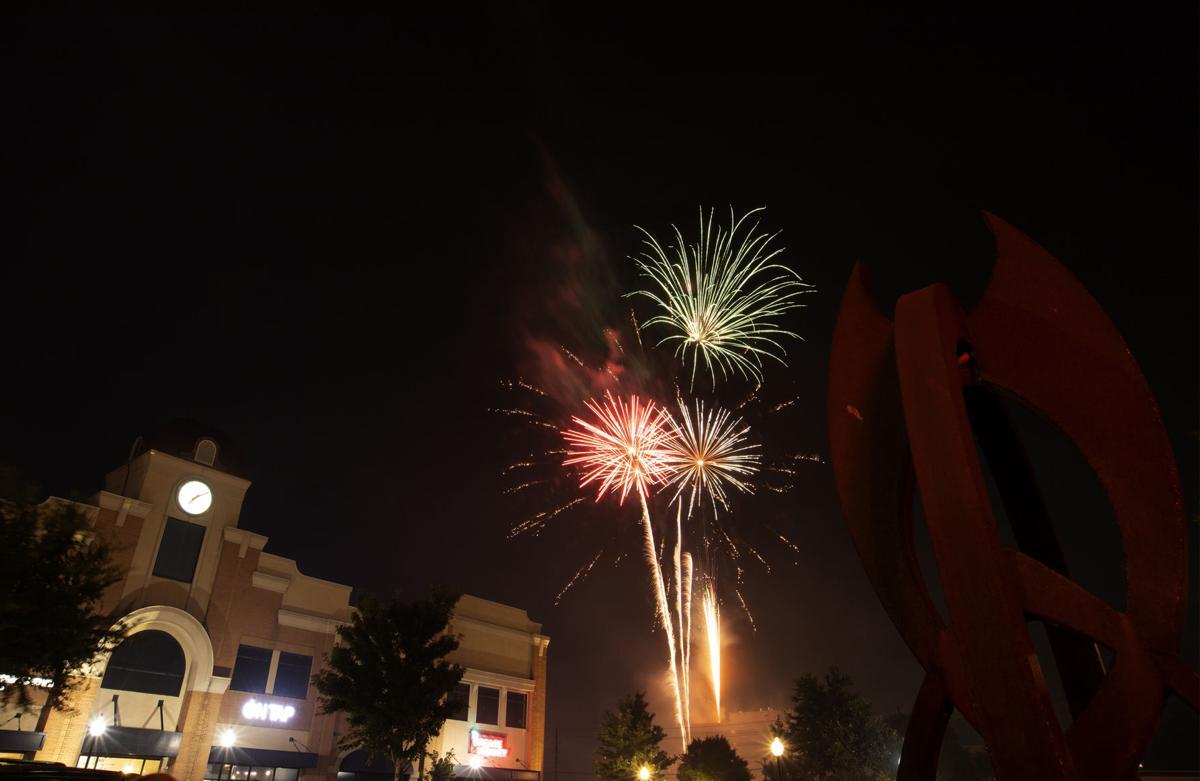 Photos: Thousands gather to see fireworks Light Up Arlington