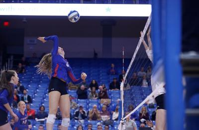UTA volleyball falls in penultimate home match of 2019 season