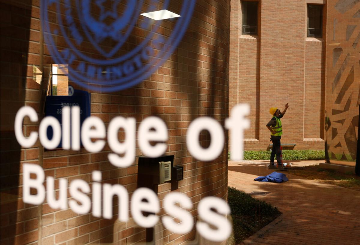 College of Business installs new sculpture