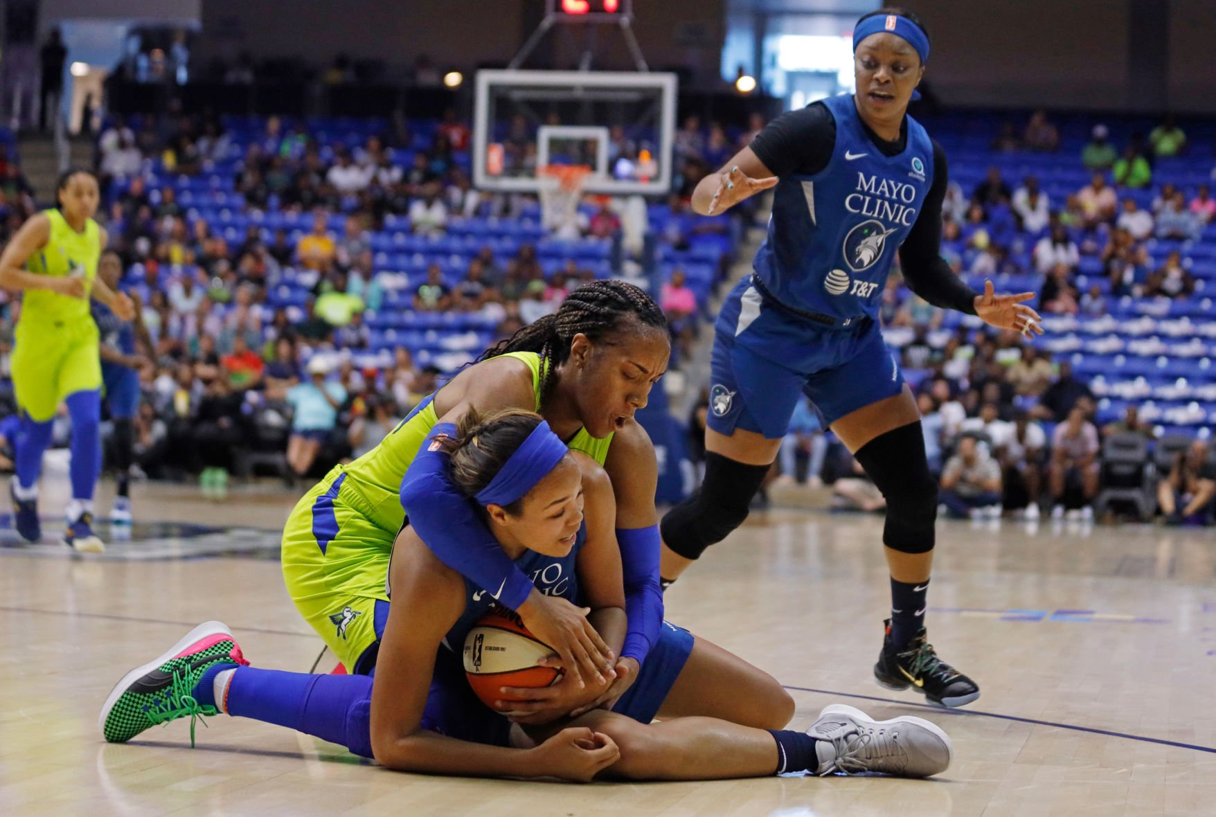 The Wings extend home winning streak after overcoming the Minnesota Lynx