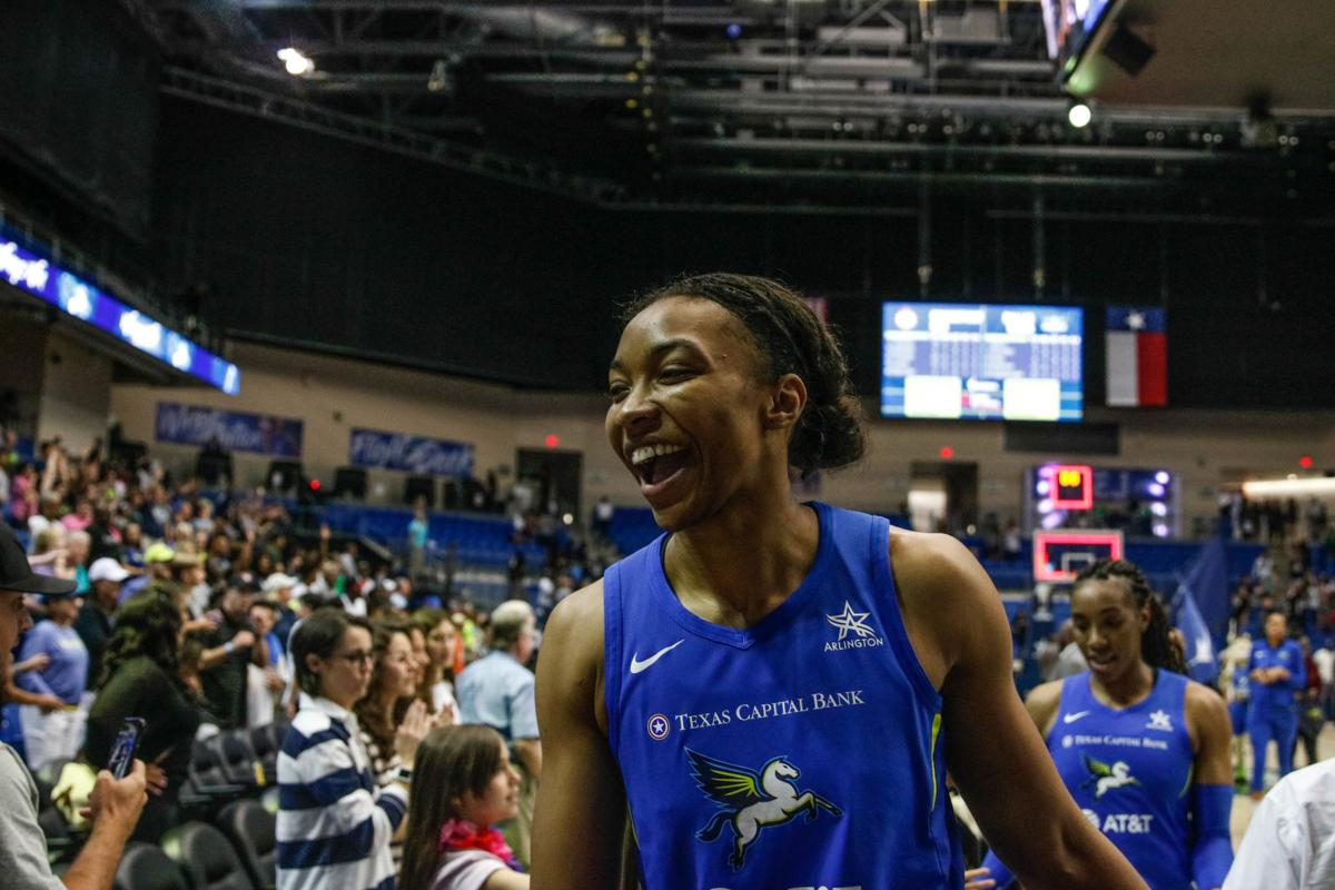 Photos: Dallas Wings defeat Connecticut Sun in final minutes
