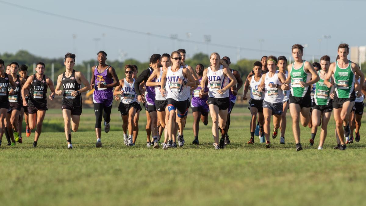 Cross-country teams compete in Ken Garland Invitational