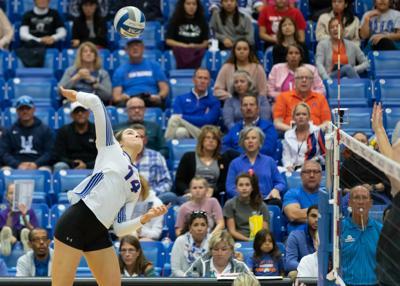 UTA volleyball sweeps Little Rock in final home match of the regular season