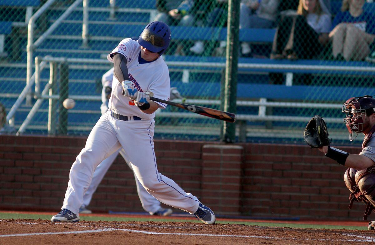 UTA Baseball wins first game in series against University of Louisiana at Monroe