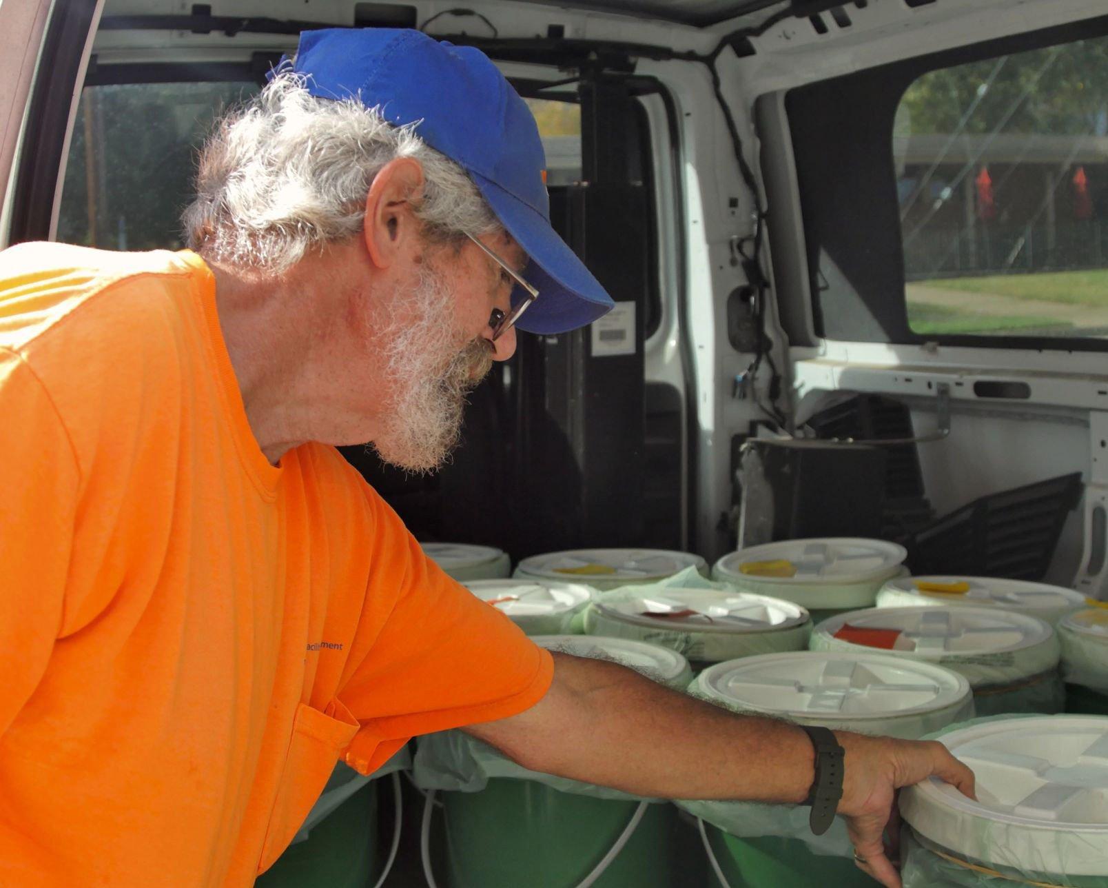 UTA compost ambassador vies for sustainability