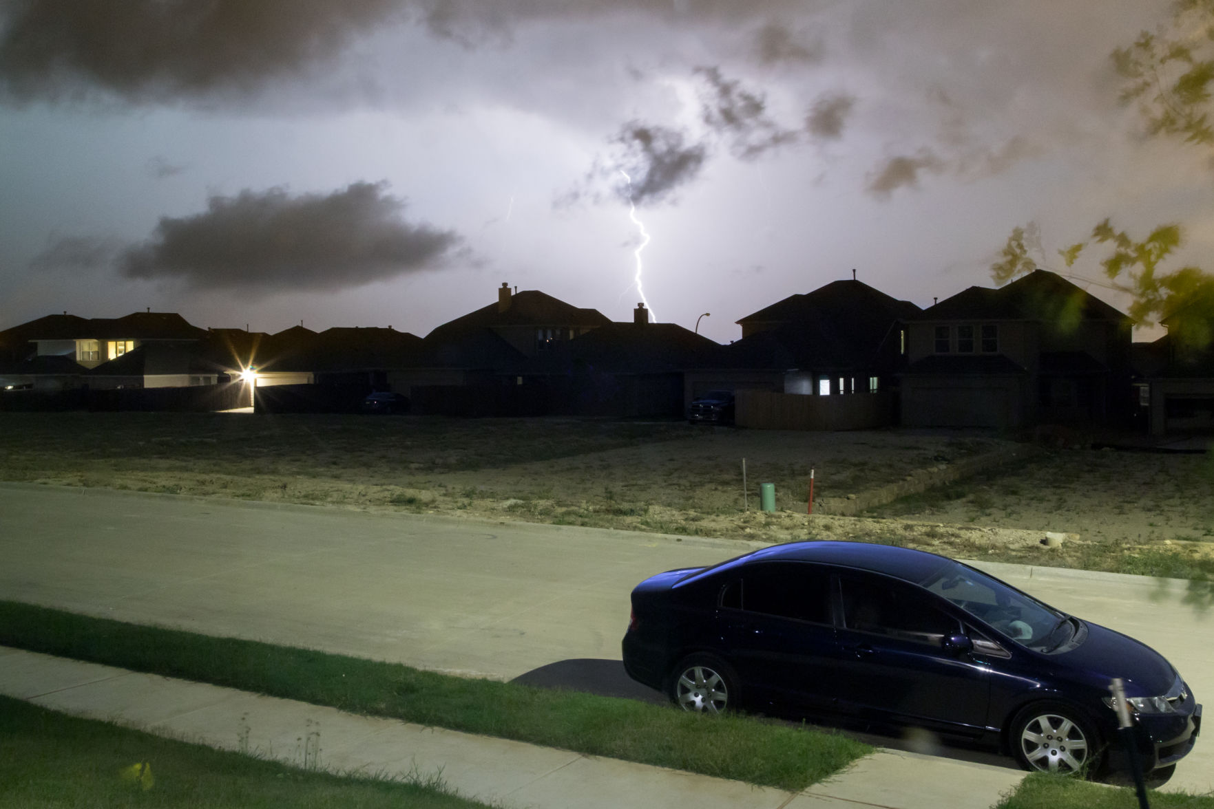 Metroplex storms cause power outages for thousands