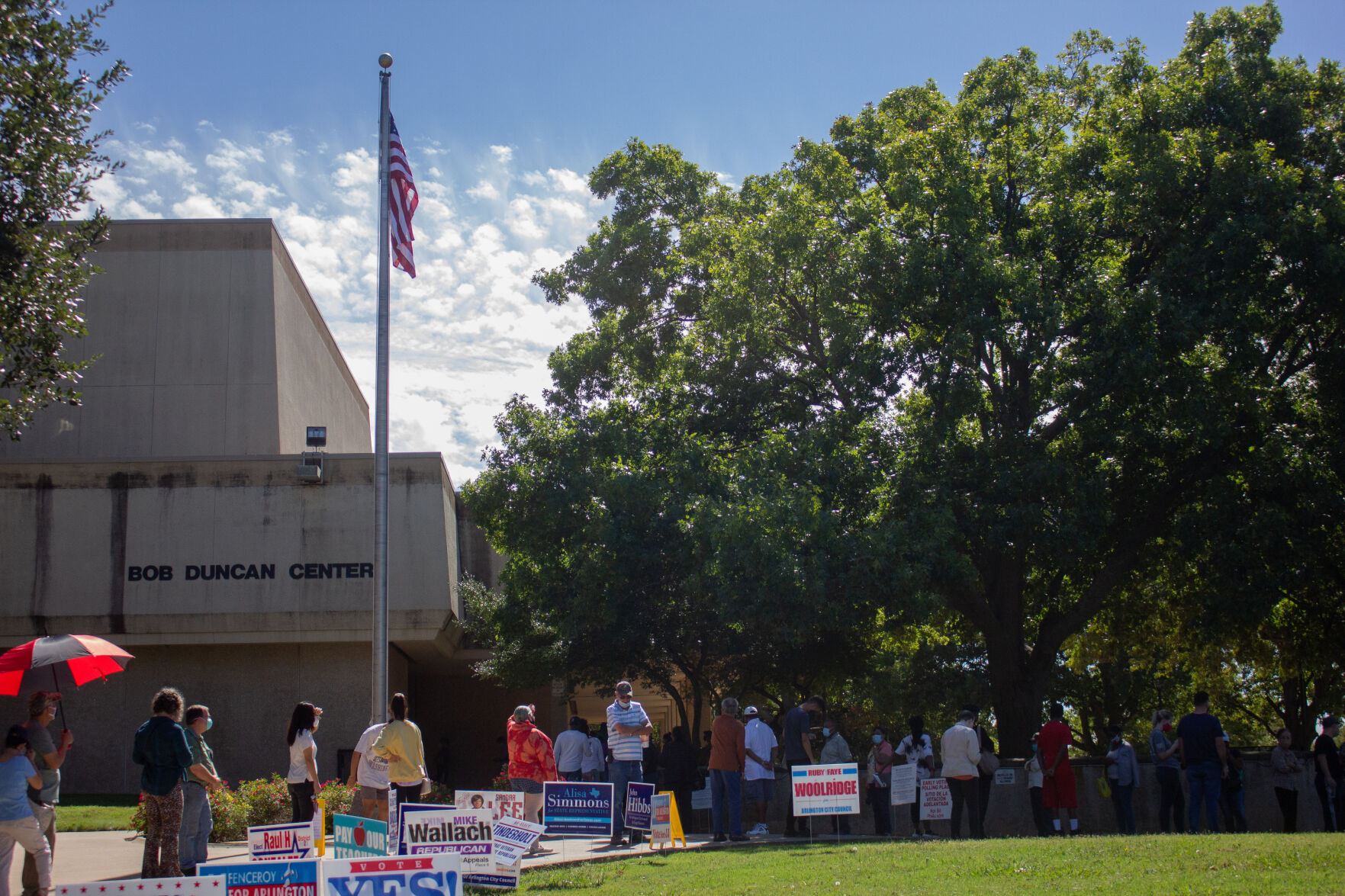 Tarrant County early voting opens with over 42K ballots cast on first day
